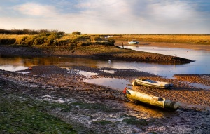 Burnham Overy Staithe is where I'll run my slow 20 miler next Sunday. Hopefully the map reading and change of terrain and scenery will make the miles fly by.